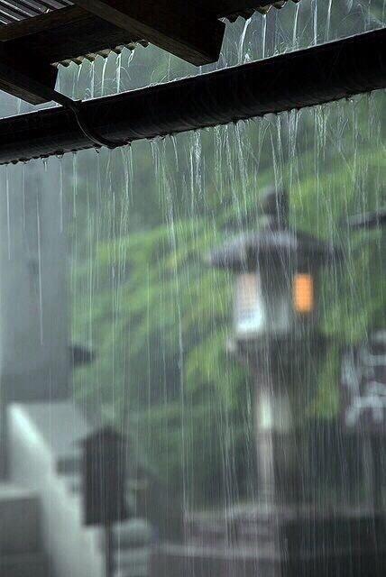 柠萌影业《恰逢雨连天》古装大女主权谋2021年6月开机。