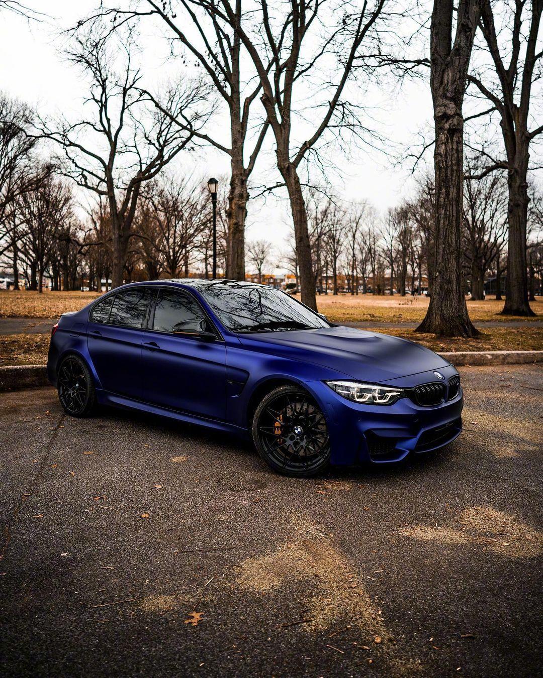 哑光蓝宝马BMW M3很漂亮哦!