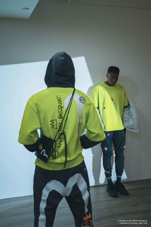 日本潮流品牌Evisu致敬美国著名涂鸦艺术家Jean-Michel Basquiat(让·