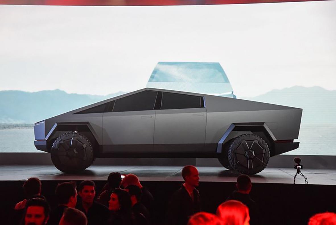 """特斯拉又""""火""""了,新车还未上市,预定量就超过100万辆"""
