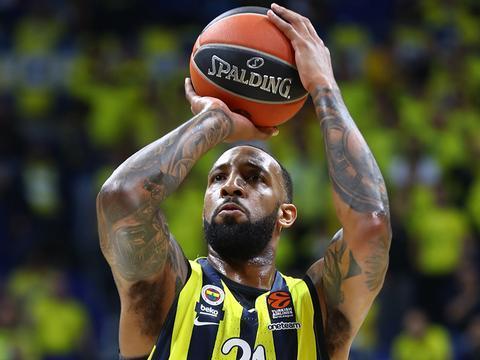 意大利篮球俱乐部米兰奥林匹亚对德里克-威廉姆斯感兴趣