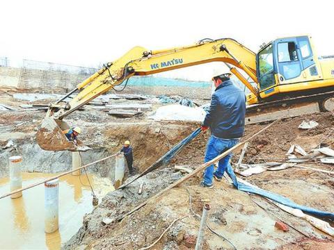 衡水市水利局修建气盾坝