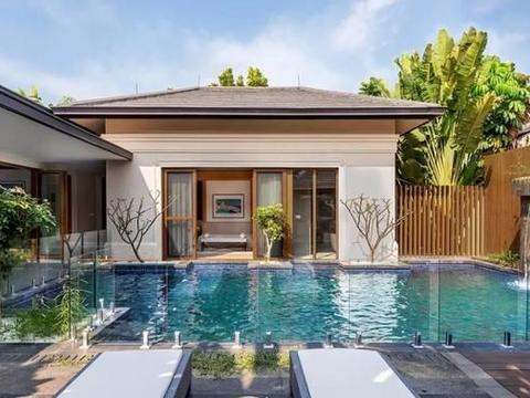 有了这700㎡的私宅,哪用得着出去旅游,自家俨然就是一座避暑山庄