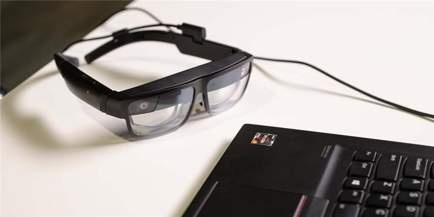 联想发布AR眼镜,通过与PC手机相连实现AR、3D可视化、远程协作
