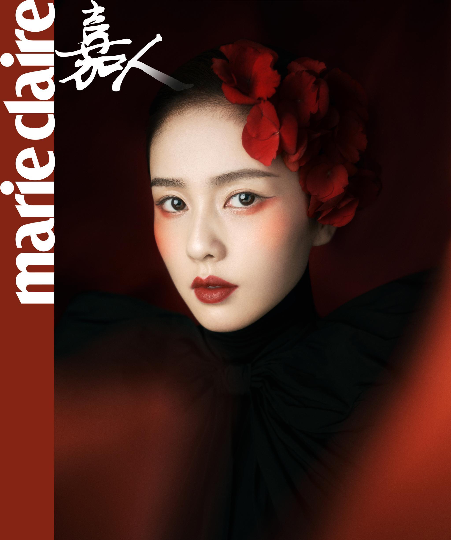 随手分享一个@白鹿my 的中国妆写真大片红棠吐萼,嫣然炯出