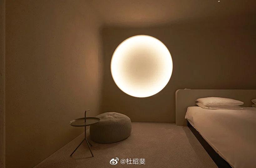 月球照明装置要不要?能让你在家就能看到满月和新月。
