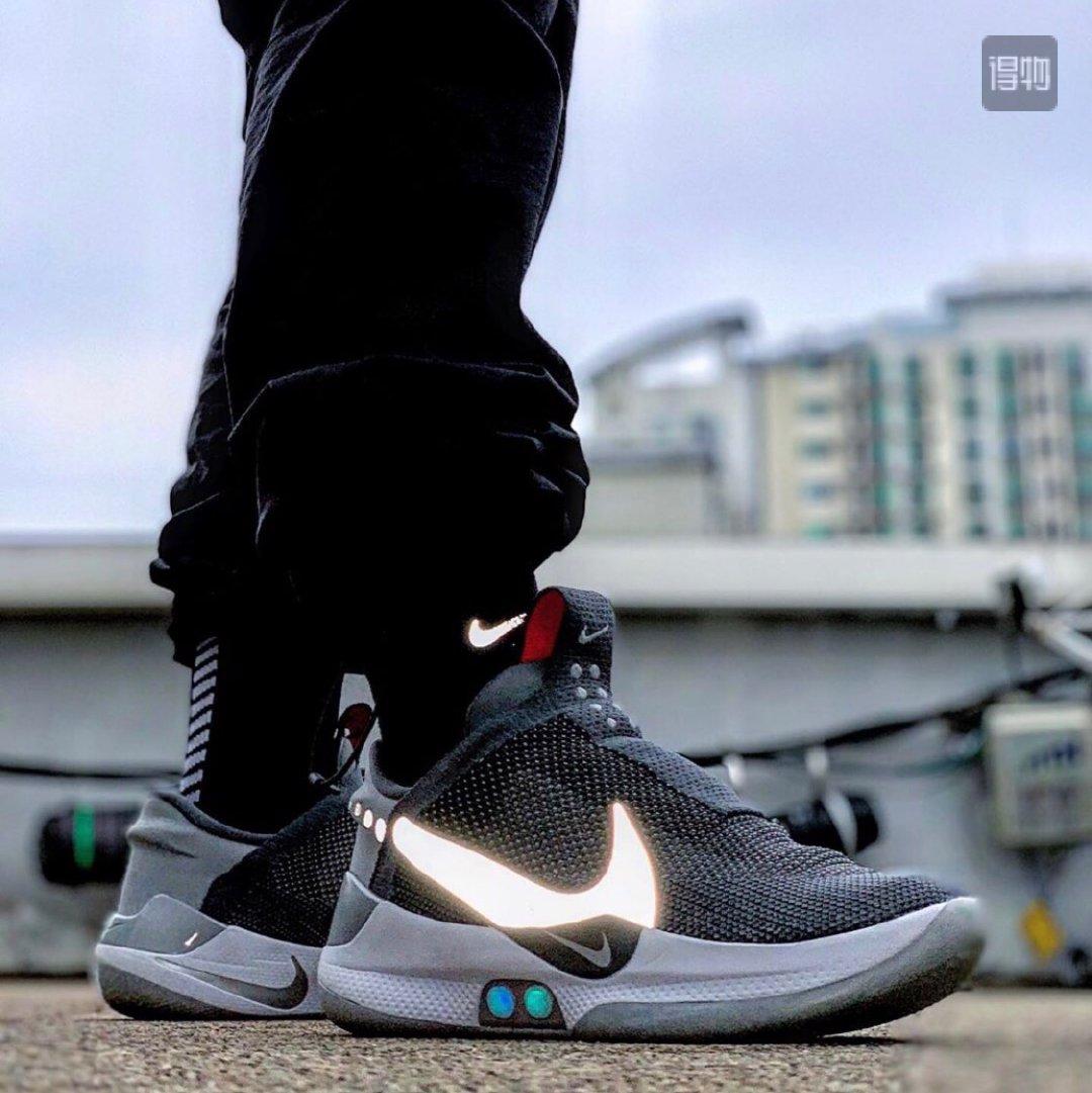 科技加持,自动绑带这些自动系鞋带的鞋款上脚同样颜值在线