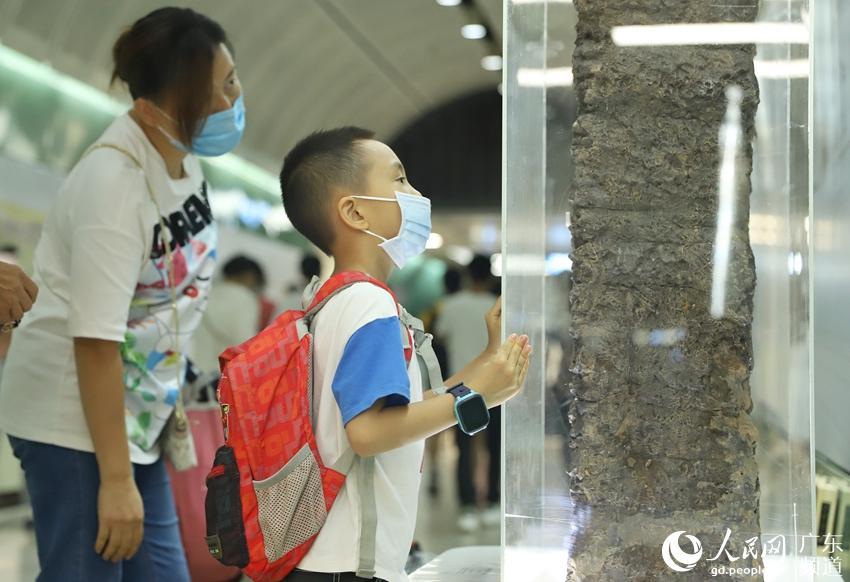 """迎国际博物馆日:广州把南越国宫署遗址""""搬进""""地铁站"""