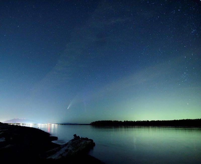 在2020年相遇,满载浩瀚苍穹的新智彗星,即将划过天际见证永恒!