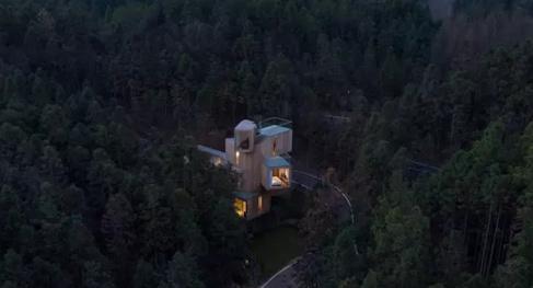 安徽齐云山树屋,一个神奇的存在。
