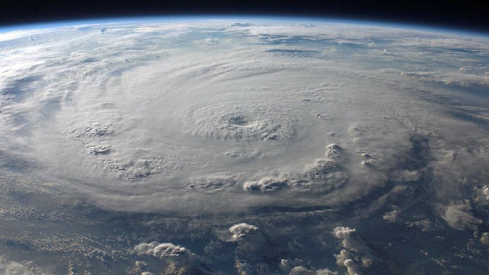 什么原因导致了登陆前的飓风,威力突然爆炸式增强?