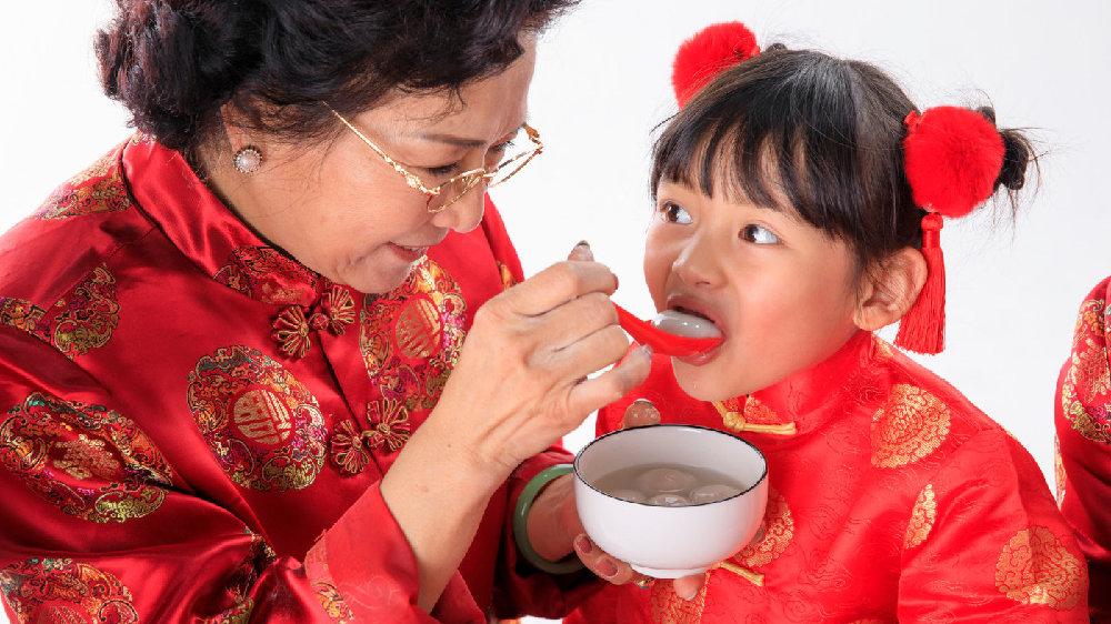 """元宵节吃汤圆,婴幼儿、孕妇、老人不要吃,其他人牢记""""五不要"""""""