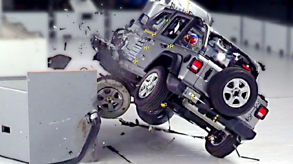 除了碰撞测试,安全性高的车还离不开什么?