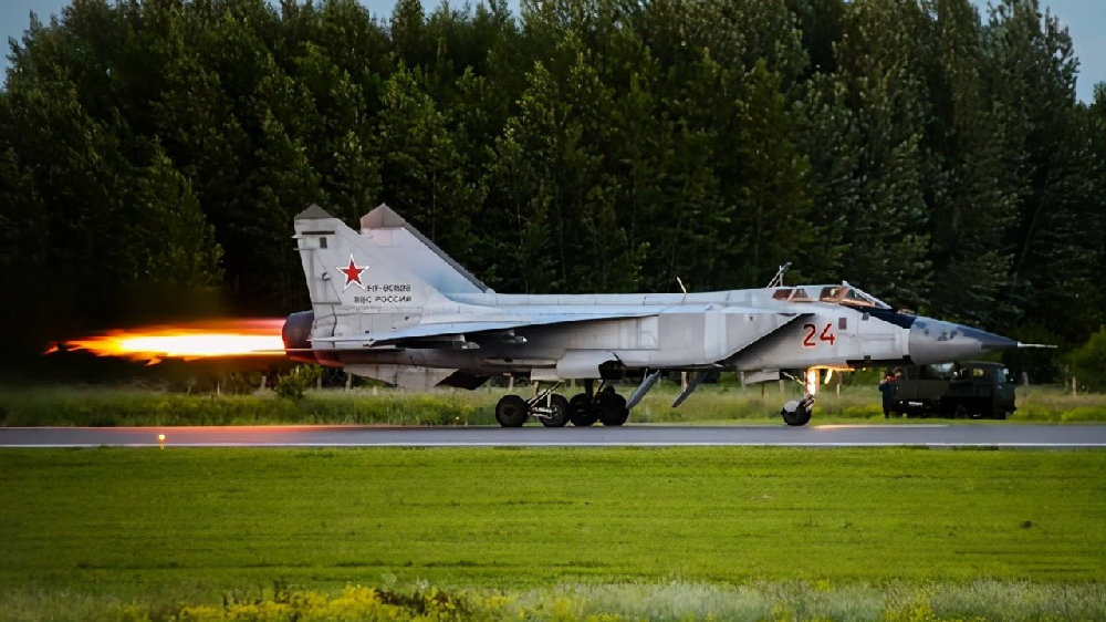 """""""巴伦支海手术刀""""已经锋利:俄米格-31紧急起飞拦截挪威侦察机"""