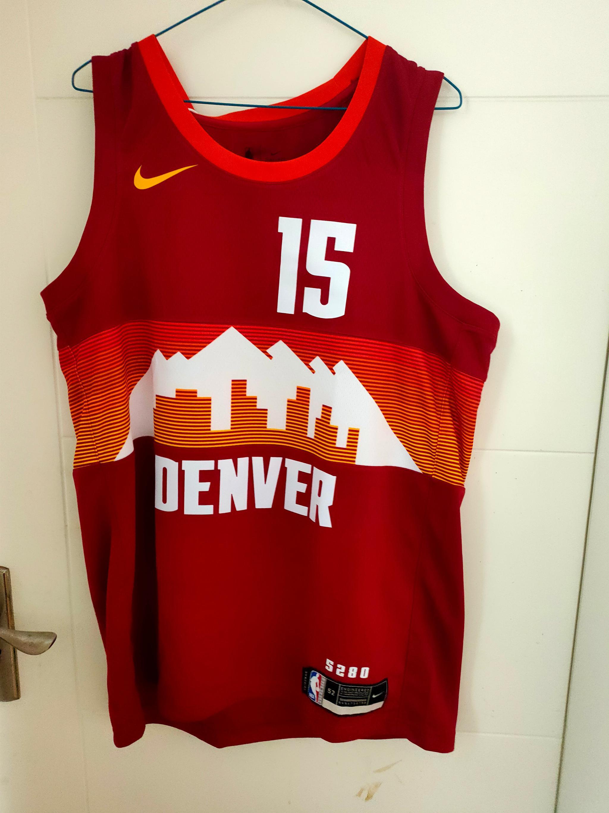 城市版也收到了,MVP赛季的球衣,值得来一件