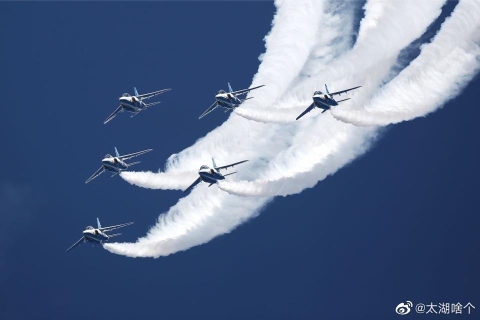 亚洲水队,日本航空自卫队蓝色冲击波飞行表演队