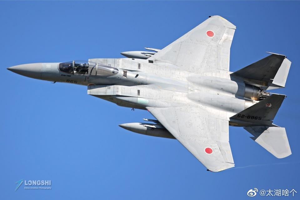 日本航空自卫队次在上个世纪80年代开始装备F-15J/DJ战斗机