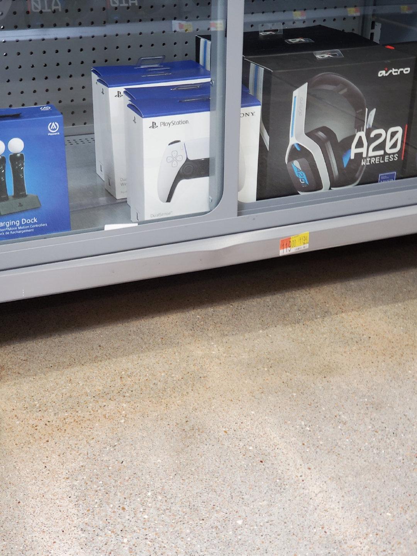 多种PS5配件已现身美国沃尔玛商店:手柄、HD摄像头等