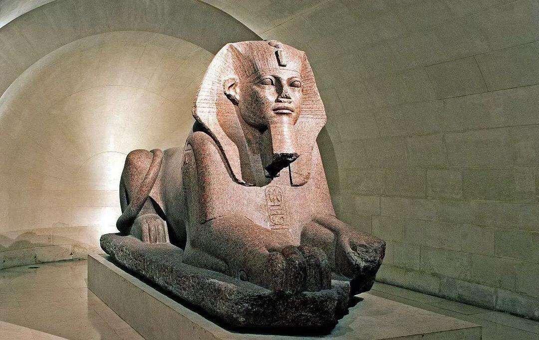 斯芬克斯最初源于古埃及神话,也常见于西亚神话和古希腊神话中