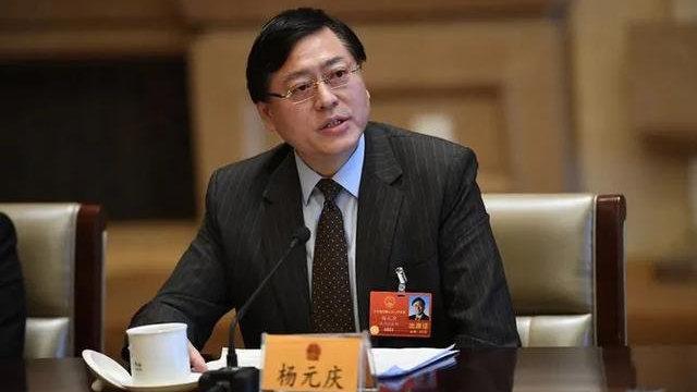 「两会人物」杨元庆:发展工业互联网推动第四次工业革命