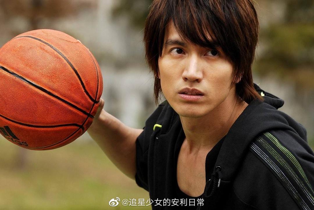 《篮球火》!当年的霹雳烽火狼元大鹰真的太帅了