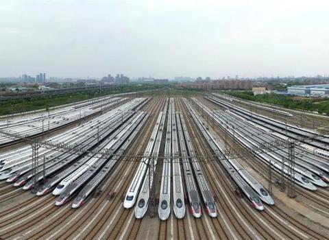 中铁武汉局:8日预计5.5万余名旅客乘火车离汉,约四成往珠三角