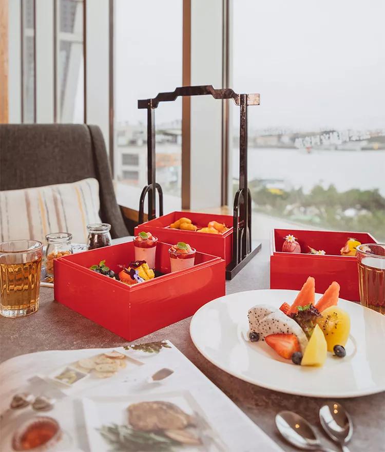 福建厦门空中海景下午茶   ¥188/2-4人·英迪格酒店,180°直面鼓浪屿