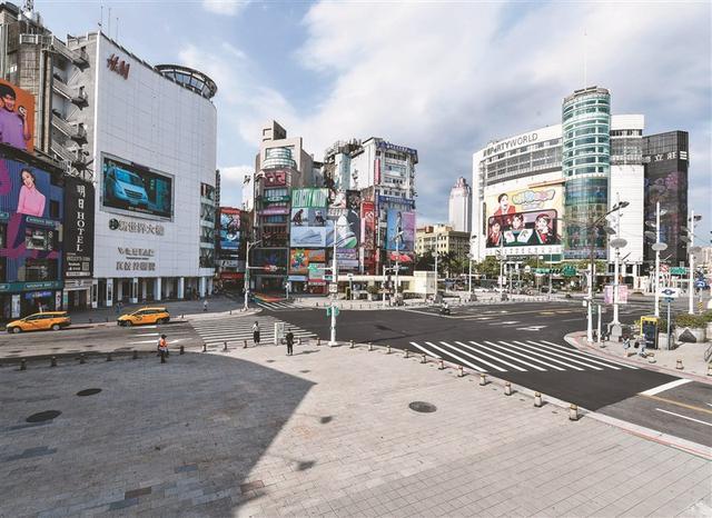 """疫情升温台湾要怎么""""封城""""?台北市长:应该自动自发封城"""