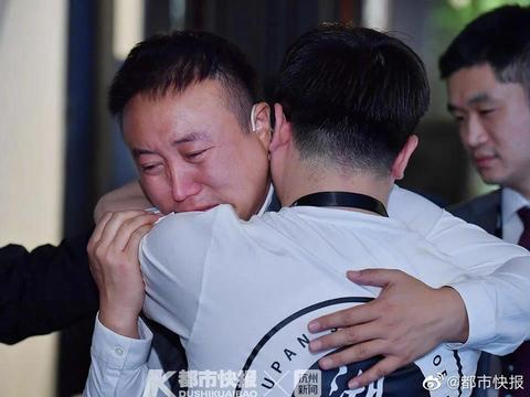 今天,湖畔大学开学武汉学员流泪 ,让马云动容