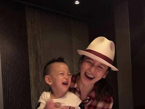 卧床养胎142天,打了300多针保胎针的徐若瑄,5岁儿子如今怎样