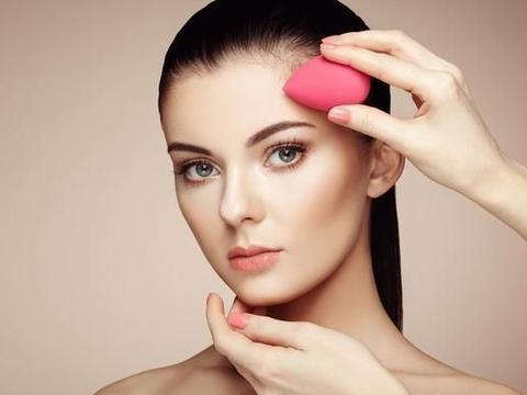 秋季完美底妆必备的妆前乳,堪称素颜神器,带妆一天都不怕