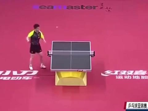 樊振东和张继科围着球台转圈打,没错,这是正式比赛!