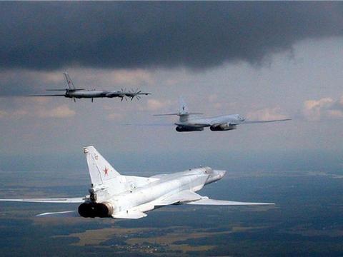 俄战机连续空袭7天,一举摧毁134个掩体,美急忙呼吁盟友帮忙