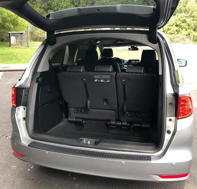 新款本田美版奥德赛实拍,搭3.5L+10AT,空间媲美GL8!