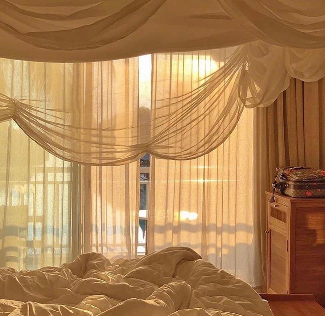 阳光通透的房间一角☀️