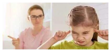 你的这些不起眼的行为,会毁掉孩子?