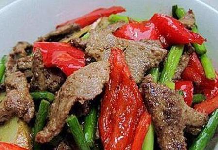美食推荐:香菇虾仁,五花肉炒猪肝,西红柿肉片烧茄子,爆炒猪肝