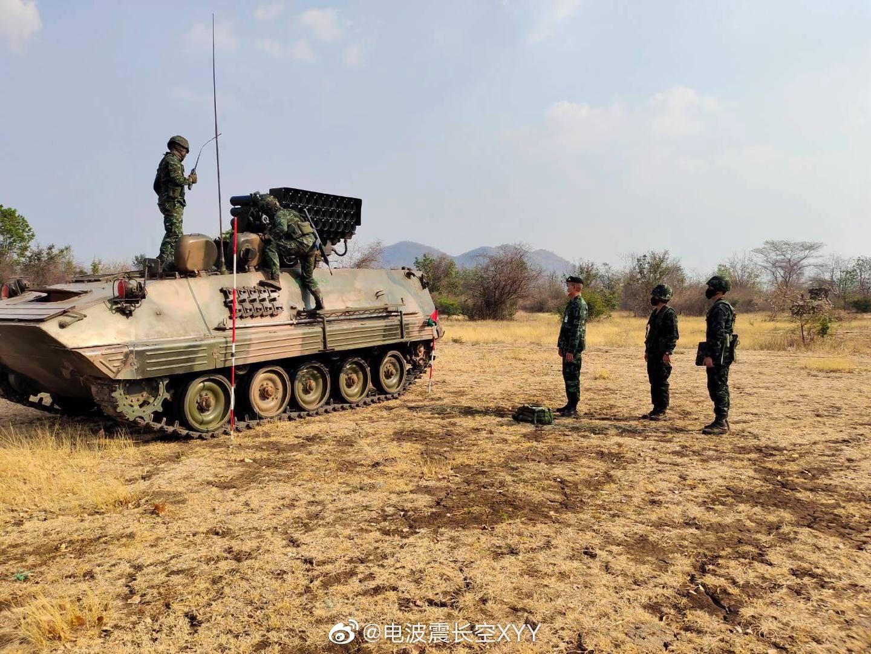 泰国炮兵野外战术考核……