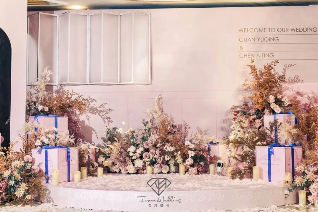 粉色的对称式浪漫童话般的梦幻城堡用一场完美的婚礼娶你从此以后
