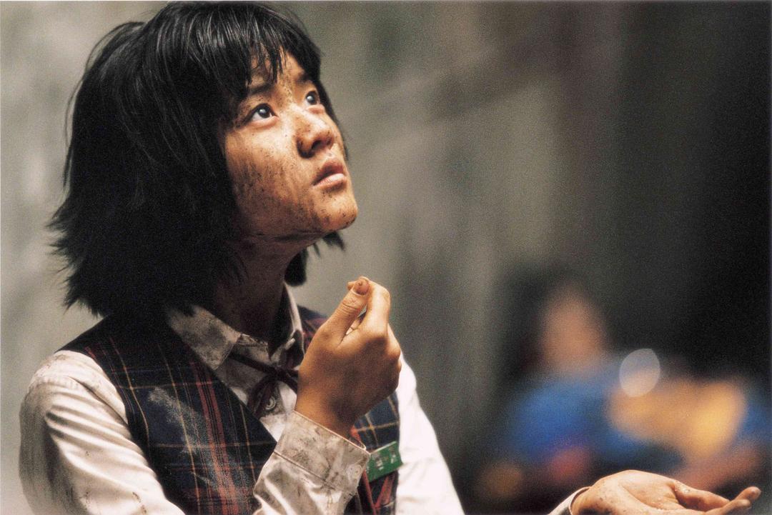 2006年7月27日,奉俊昊导演的《汉江怪物》韩国上映。