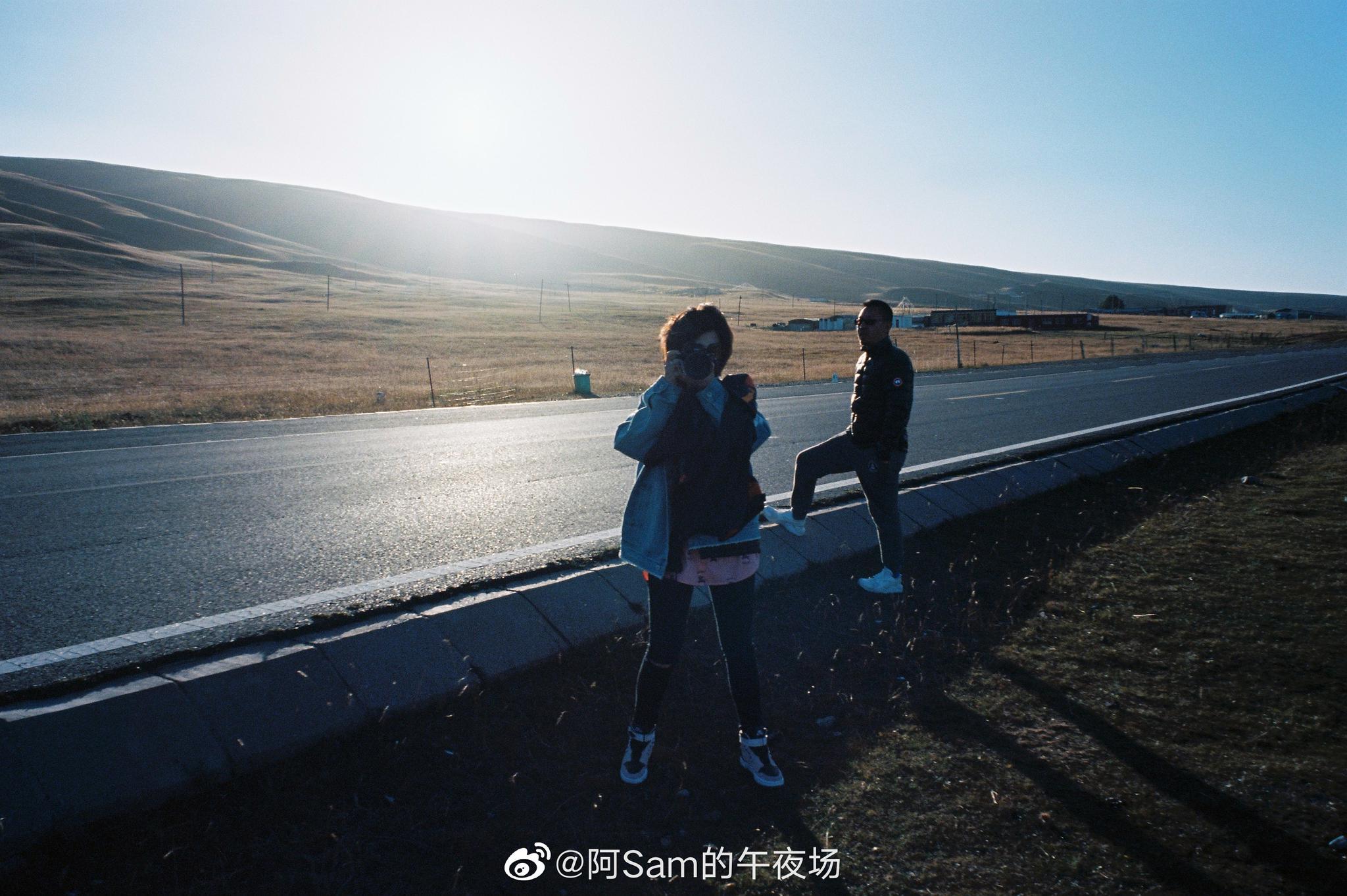 最近又开始拍一些胶片了,用我的富士月光机记录了青海,重庆,拉萨