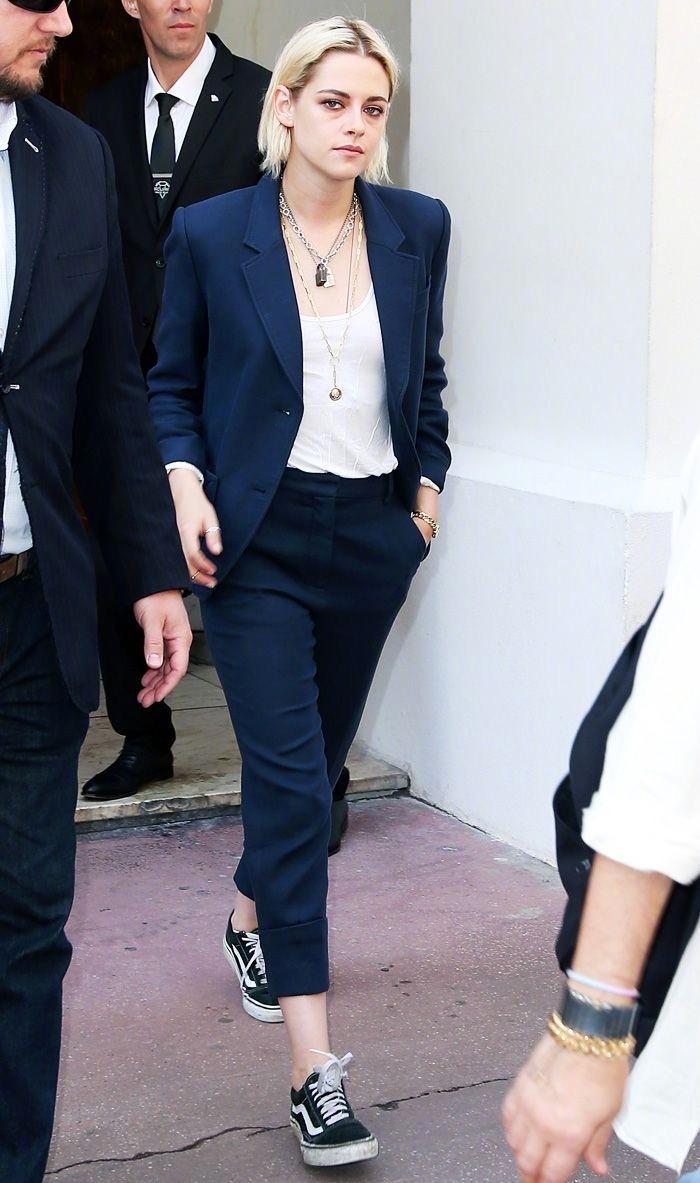 克里斯汀·斯图尔特(Kristen Stewart)的中性风西服穿搭
