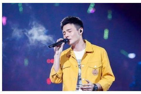 为致敬周星驰,李荣浩创作了这首歌,谁知红了6年零差评