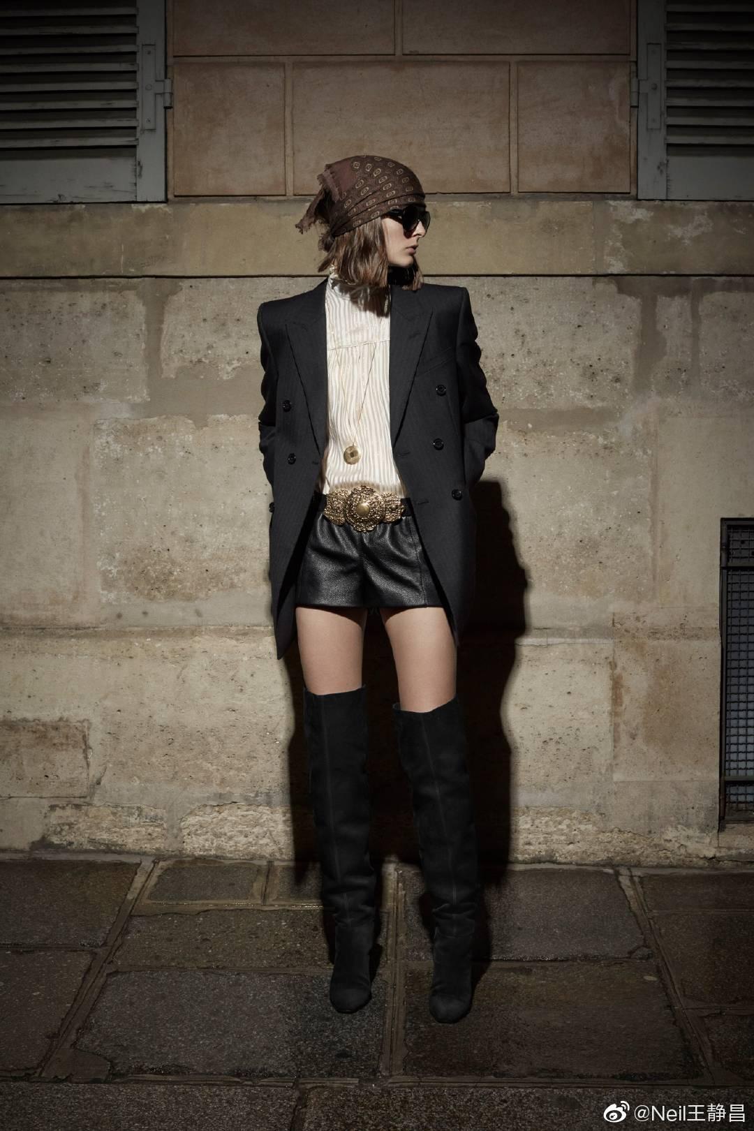 Saint Laurent 2020早秋女装系列这一季不少作品都透露着YSL经典样式