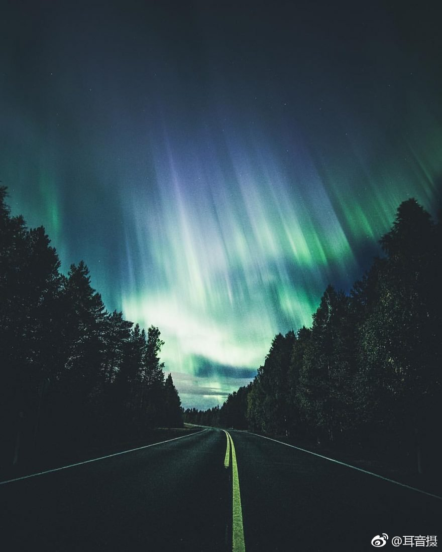 北极光摄影师丨Jani Ylinampa