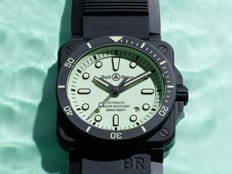 柏莱士BR03-92黑陶瓷方壳潜水表,将夜光效果发挥到极致