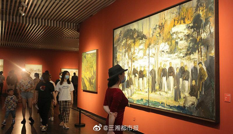 """""""精神·图式——首届中国写意油画双年展""""在长沙""""云开幕"""""""