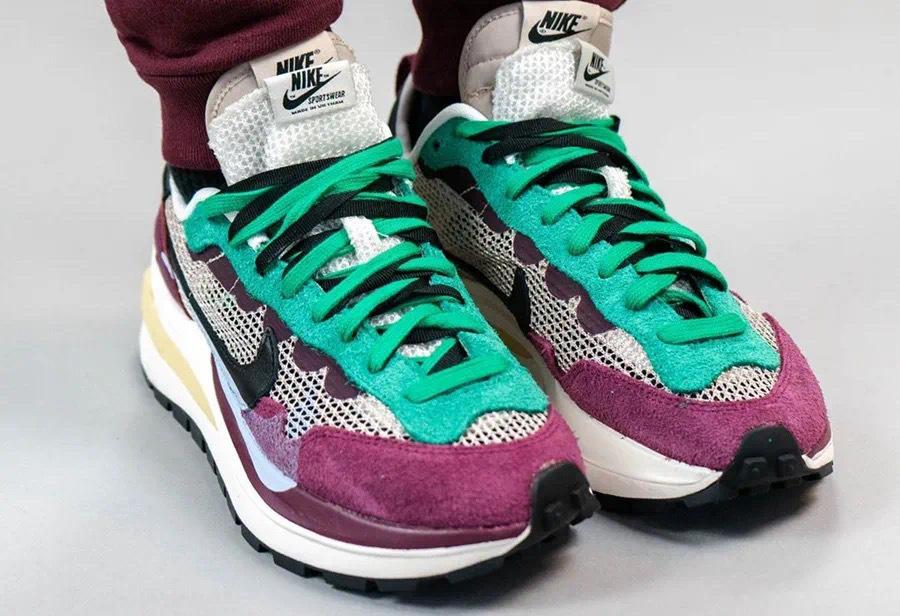 sacai x Nike VaporWaffle货号:DD3035-200发售日期:2020 年秋季