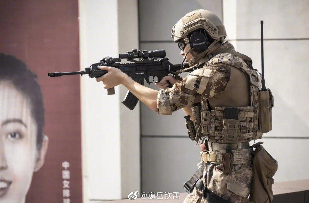 我国国产新步枪已小批量装备部队,未来将代替95式突击步枪