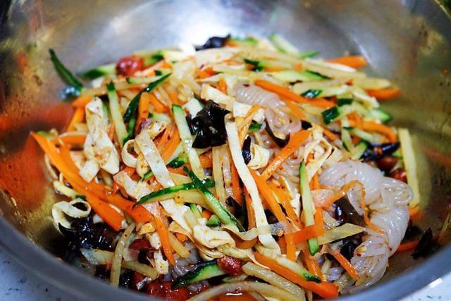 减脂佳品魔芋丝,这样做百搭凉拌菜,清爽低热量,盛夏宜多吃
